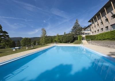 piscine2-bellecin_Plan-de-travail-1-compressor